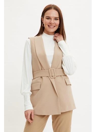 DeFacto Regular Fit Kemer Detaylı Blazer Ceket Bej